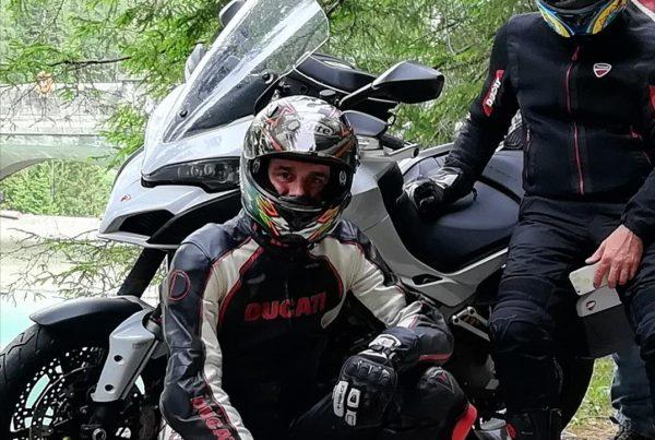 Elledue: prova dei guanti Held Gore-tex Air&Dry fatta dai membri del Ducati Club Lecco